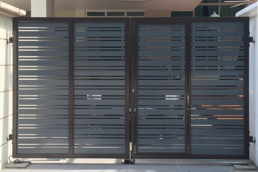 autogate privacy screen