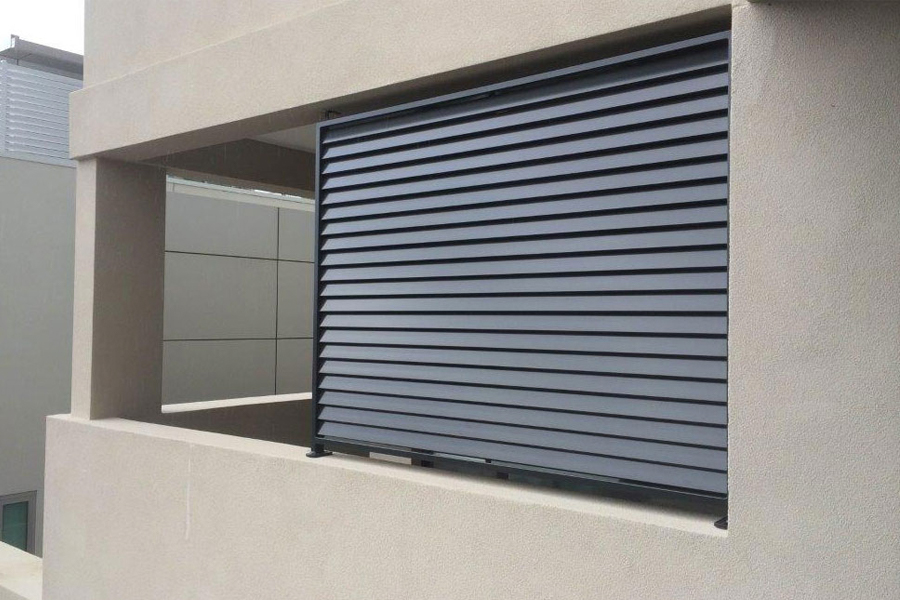window louvres partial
